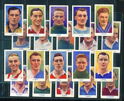 23 x FAMOUS FOOTBALLERS (COLOUR WITH ADDRESS) – HILL – 1939