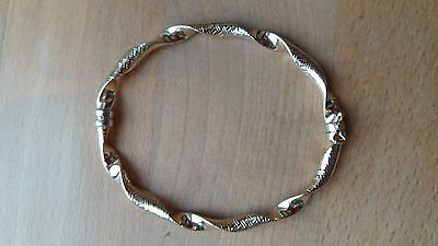Fantastic 9Ct Yellow Gold Plain And Etched Bangle 5.6 Gms