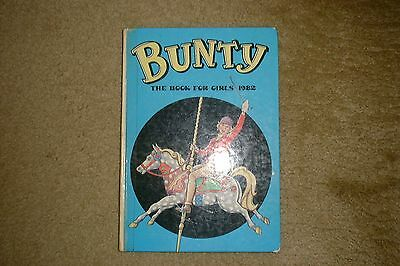 Bunty Annual 1982 Vintage rare collectors item