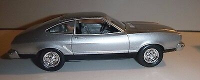 MPC 1975 FORD Mustang II SILVER 1/25 MODEL CAR MOUNTAIN PROMO