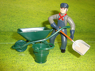 G-scale Wheel Barrel and Bucket for House or Farm Scene