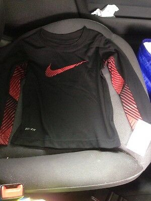 Brand New Nike Top For Boys Year 2
