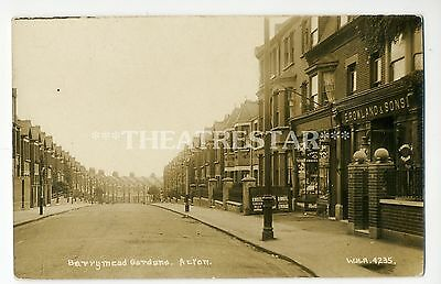 RP ACTON Barrymead Gardens CORNER SHOPS by WHA London W3