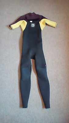 Quiksilver Ignite Short Arm 2/2mm Wetsuit. Size MT. Surf Surfing Surfboard SUP