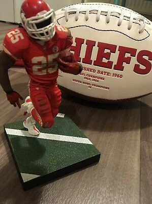 Jamaal Charles Statue/Ornament NFL Kansas City Chiefs American Football Jersey