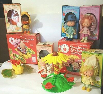 Vintage Strawberry Shortcake Lot..carousel,butterfly And Dolls In Original Boxes