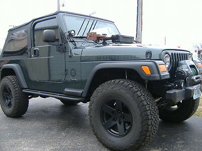 2004 Jeep Wrangler  2004 Jeep Wrangler Unlimited LJ not Rubicon ARB air locker and MUCH more