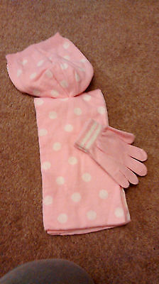 Brand New - Hat/gloves/scarf Set -  4-8 Years