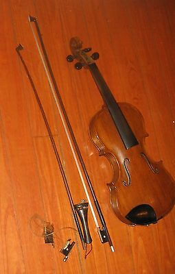 Vintage Violin & Extras. Antique Fiddle. Full Size 4/4. Repair Project.