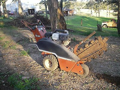 Trench Digger Ditchwitch 1230 Honda Powered
