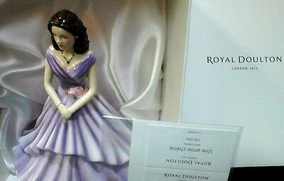"""ROYAL DOULTON Figurine """"A Special Friend""""  As New in Box  2016"""