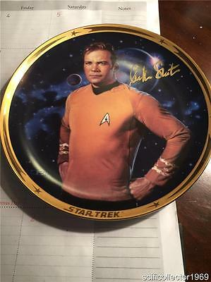 Rare Autographed  Kirk Collector Plate Signed by William Shatner