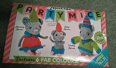Gorgeous boxed Cute Party Mice Mummy Baby & Daddy Mice knitting kit 6 colours.