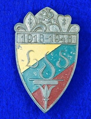 Lithuanian Lithuania post WW2 1918 - 1948 Large Shield Pin Badge Medal Order