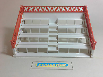 Scalextric Tri-ang Vintage 1960's Spectator Stand / Grandstand K705 (EXCELLENT)