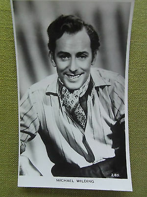 Vintage MICHAEL WILDING FILM ACTOR 50s RP POSTCARD Movie Star