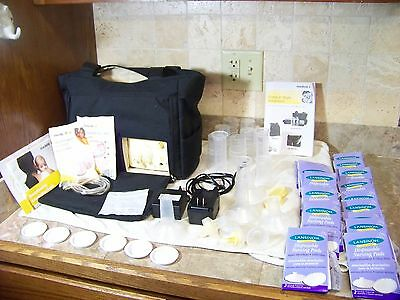 Medela Pump in Style Advanced Breast Pump with On the Go Tote EUC