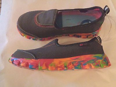 NWT Youth Size Girls'  S Sport  Designed by Skechers Shoes Sneakers Gray Multi