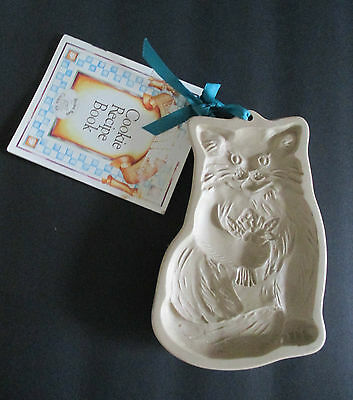 1983 Brown Bag CAT Cookie Art Mold Holding Flowers Cutter Stamp w Recipe Book