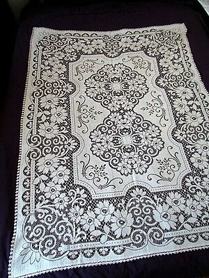Vintage Small Quaker lace Floral tablecloth table cloth Cotton Oatmeal