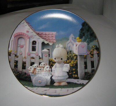 PRECIOUS MOMENTS 'God Loveth A Cheerful Giver' 1993 Collector Plate & Hanger