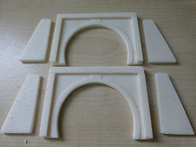 Z Gauge Pair of Double Tunnel Portals Including Buttress Walls (unpainted resin)