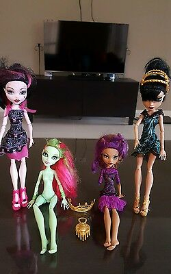 Monster Dolls 4 pcs with accessories