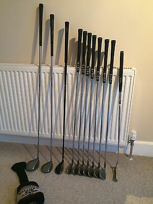 Full set of Ping & Callaway golf clubs, Woods, irons, putter,
