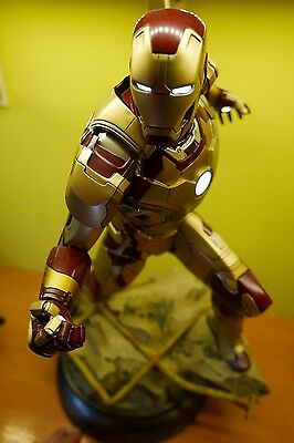 Iron Man mark 42 maquette  sideshow
