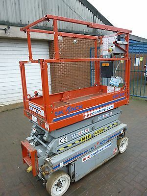 Skyjack SJIII 3219 Electric Scissor Lift Access Platform