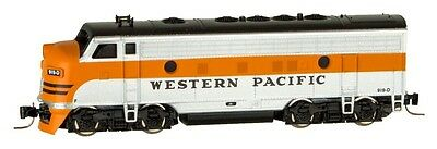Micro-Trains Line Z Scale 98001421 Western Pacific F7 Powered A Unit Locomotive