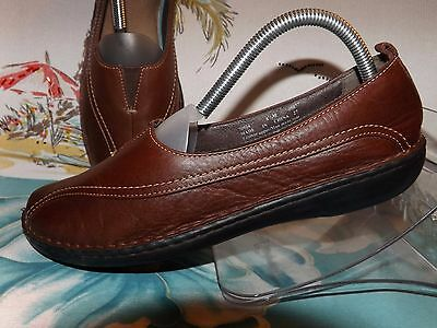 Clarks Women's Leather Comfort Slip-On Shoes-Size 8.5M