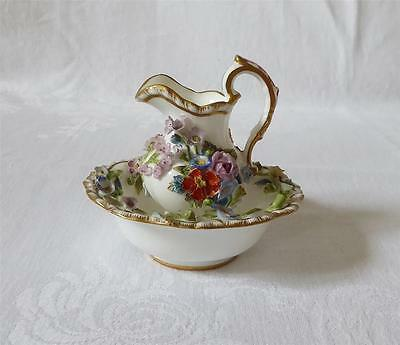 SMALL 19TH C MEISSEN PORCELAIN JUG AND BOWL WITH ENCRUSTED FLOWERS c1860