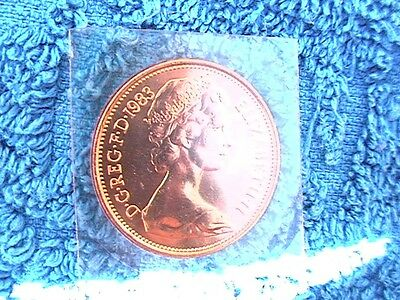 **SCARCE**   NOT  IN  CIRCULATION  1983  TWO  PENCE  2p coin MINT UNCIRCULATED