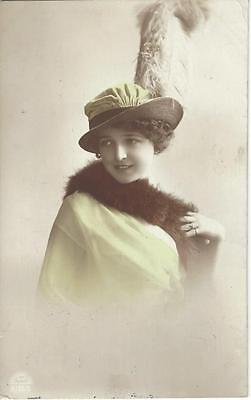 Glamour Lady - Fabulous Hat With Feathers,fur Stole 1915 Postcard