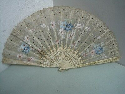 19 Th Century Fans In Painted Silk In Hand With Flowers