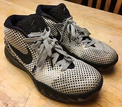 online store 02be0 2d3c3 Mens Nike Kyrie 1 BHM