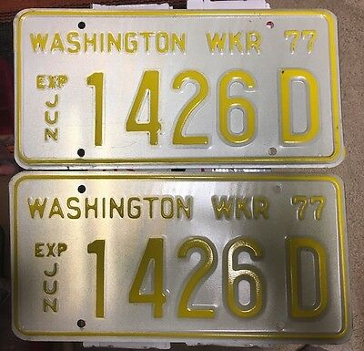 WASHINGTON Pair of 1977 WRECKER License Plates