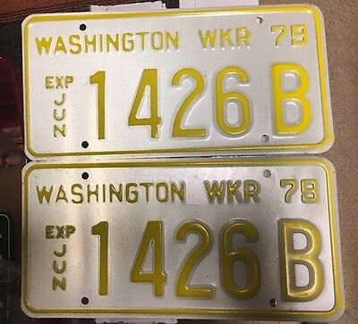WASHINGTON Pair of 1979 WRECKER License Plates
