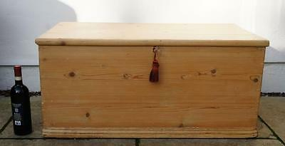 Large late Victorian  pine blanket box or chest, rustic, 3 sided, re-furbished