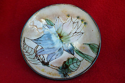 NAIRN POTTERY SCOTLAND FLORAL & FOLIAGE SCOTTISH FOOTED POTTERY BOWL WIDTH 12cm
