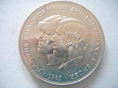 Charles & Diana Royal Wedding 1981 Commemorative Crown (plastic wallet included)