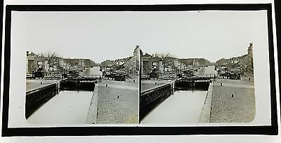 Stereo Glass Dispositive  a  River scene in Europe  C1860