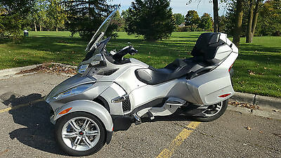 2010 Can-Am Spyder RT SE5   Am/Fm,/Weather/CB radio, GPS, Baja Ron Swaybar, Highway Pegs, Trailer Package