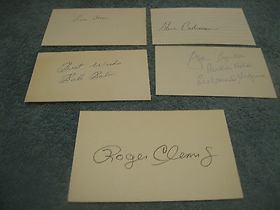 Lot of 25 autographed 3x5 cards of baseball commons, stars superstars and HOFers