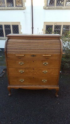 A Beautiful Lovely Quality Edwardian Solid Oak Tambour Front/Roll Top Bureau