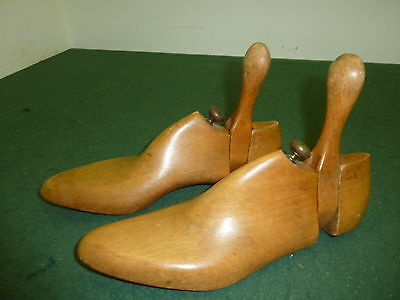 Pair of Adult Mens Wooden Antique Size 7 26cm Wedge type Shoe Stretchers