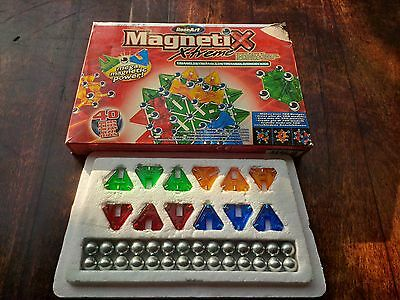 Magnetic construction building kits