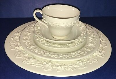 WEDGWOOD England 5 Piece Place Settings Cream on Cream Queensware Bone China