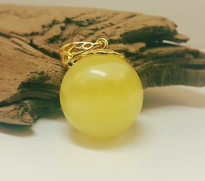 Pendant Baltic Amber Natural Stone Nr126 7,5g Butterscotch White Vintage Bead